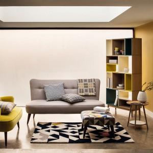Nowy design stawia na jasne, pastelowe i chłodne kolory. Soczysty kolor zastosujmy w miejscu, gdzie chcemy ożywić przestrzeń, podkreślić ją i zwrócić na nią uwagę. Fot. Marks&Spencer.