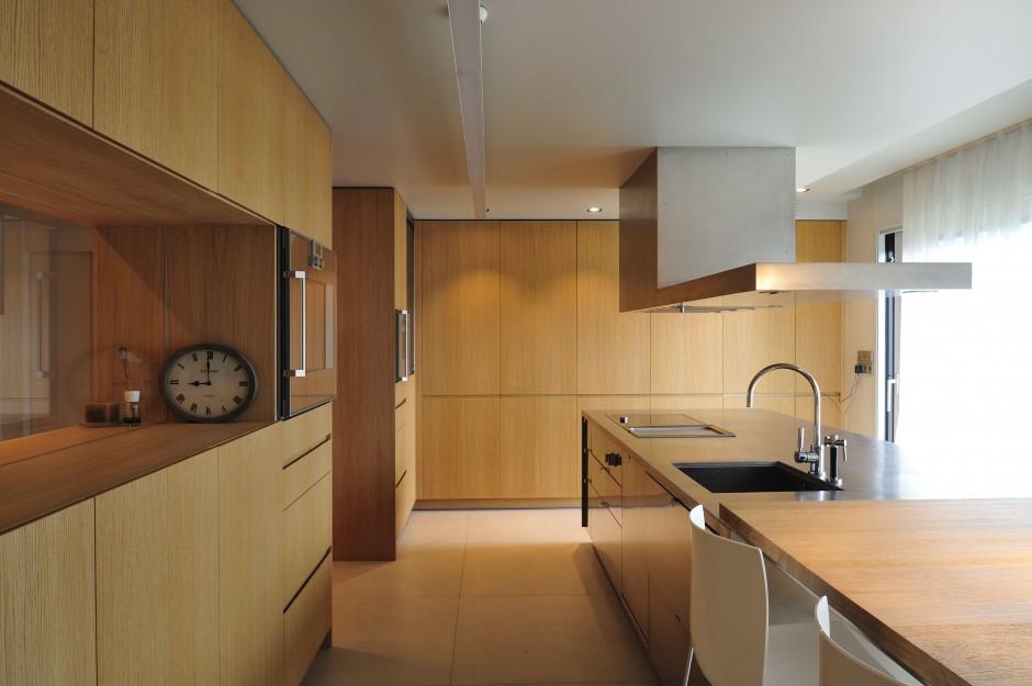 Niemal w ca o ci drewnian przytulne wn trze jasne i - Coblonal arquitectura ...