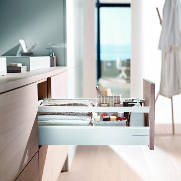 Przechowywanie w łazience. 15 praktycznych pomysłów