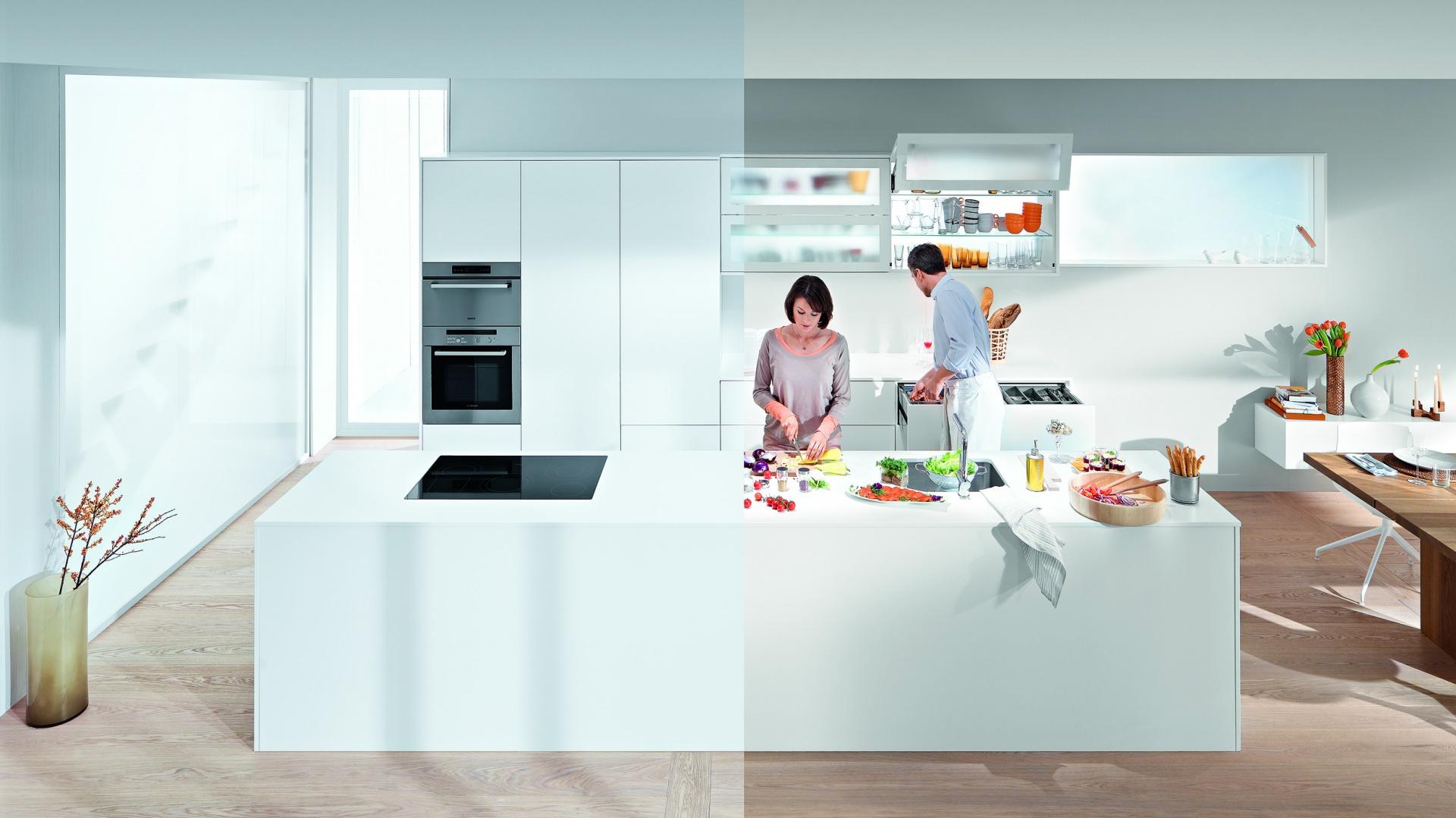 Każda kuchnia powinna być zarówno piękna jak i praktyczna. Fot. Blum.