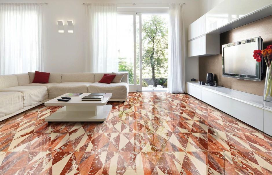 Płyty marmurowe Tangram Ginger w elegancki sposób ocieplą nowoczesny salon. Taka dekoracyjna podłoga najlepiej współgra z meblami o prostej formie. Fot. Lithos Design.
