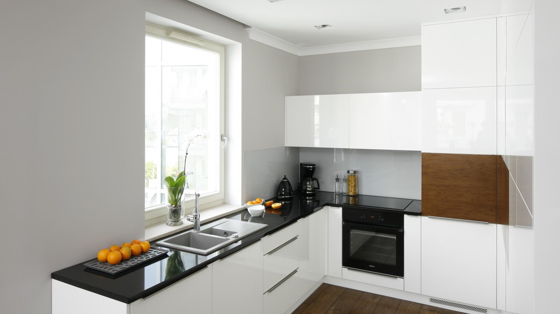 Meble kuchenne zyskały Mała kuchnia Zobacz jak   -> Mala Kuchnia Jak Ją Urządzić