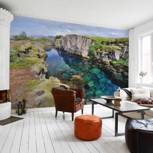 To dość oryginalny wzór, który jednak pięknie ozdobi ścianę w salonie. Rozwiązanie idealne dla indywidualistów. Fototapeta dostępna w ofercie sklepu Pixers. Fot. Pixers.