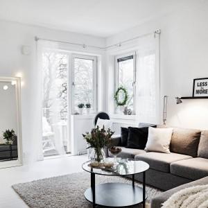 Czarno-białe wnętrze. Zobacz piękne mieszkanie