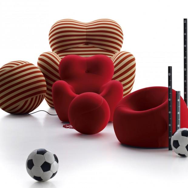 Meble dla dzieci: kultowy fotel w wersji dla maluchów