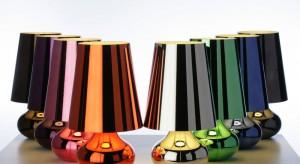 Oświetlenie, nie jest wyłącznie niezbędnym elementem wyposażenia domu. Lampy mogą być także piękną dekoracją wnętrza, o czy przekonują projekty Pietro Ferruccio Laviani.