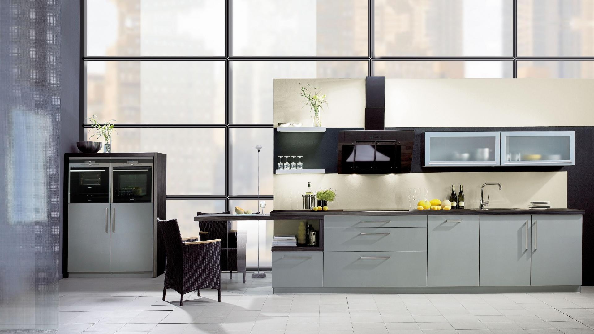 Wysoki sufit i meble Kuchnia w stylu loft Tak   -> Kuchnia Wysoki Sufit