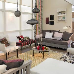 Ciepłe beże na ścianie sprawdzą się w każdej stylistyce. Wnoszą do wnętrza ciepło oraz komponują się z każdym detalem aranżacji. Fot. Para Paints.
