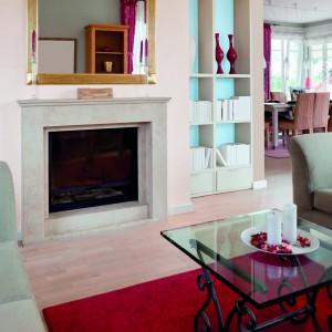 Wykorzystując farby w kolorze vanilla muffin oraz aqua marki Beckers Colour Designer można stworzyć subtelną aranżację w kobiecym stylu. Fot. Beckers Colour Designer.
