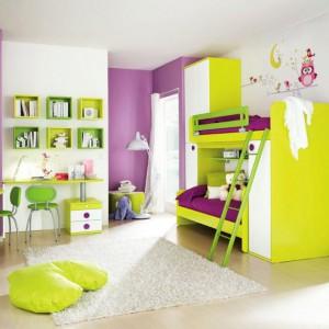 Z punktu widzenia rodziców łóżko piętrowe ułatwia rozmieszczenie poszczególnych mebli w pokoju i zajmuje mało miejsca, co w przypadku wspólnego pokoju jest niezwykle ważne. Fot. Colombini Casa.