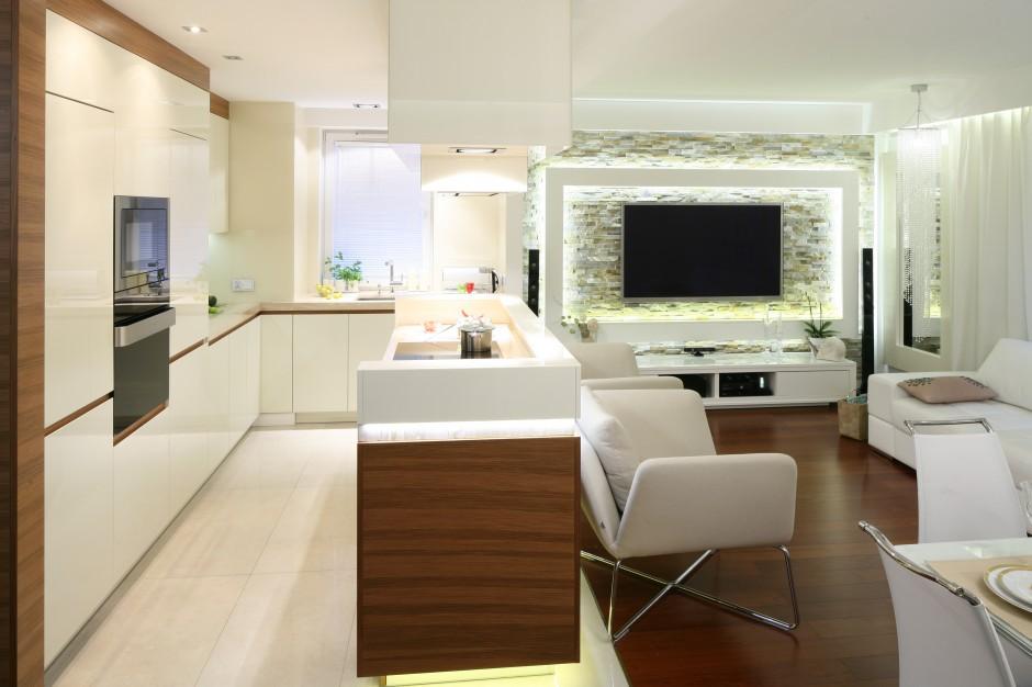 W zintegrowanej strefie Salon z kuchnią i jadalnią   -> Kuchnia Nowoczesna Z Drewnem