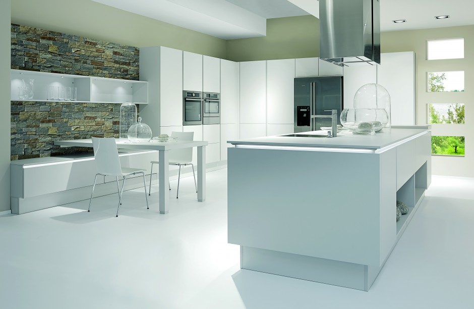 Nowoczesna, biała kuchnia z 20 pomysłów na kuchnię z wyspą  Strona 12