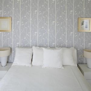 Ściany w sypialni - wykończ je piękna tapetą