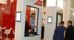 Podczas tegorocznych poznańskich targów Budma odbyła się premiera systemu okiennego V82 Modern Design, zapewniającego efekt wizualny.