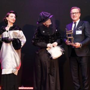 Przedstawiciele zwycięskich firm z dumą odbierali nagrody. Na zdjęciu: Józef Kosiorek, właściciel firmy Fargotex. Fot. Bartosz Jarosz
