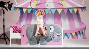 Pokój dziecka to przestrzeń wyjątkowa, dlatego musi też wyjątkowo wyglądać. Można tego dokonać wykorzystując oryginalne meble i dodatki.