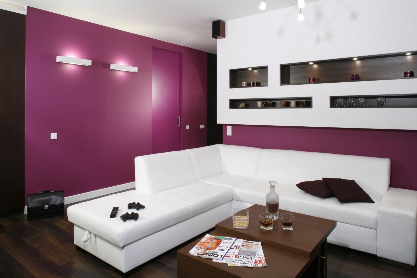 Diody doskonale sprawdzaj nowoczesny salon 15 for Oswietlenie w salonie