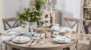 Wielkanoc już tuż, tuż. Co zrobić, aby zachwycić naszych gości podczas niedzielnego śniadania? Oprócz domowych wypieków, pomogą nam piękne dekoracje stołu.