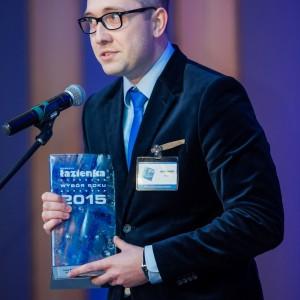 Nagrodę główną w kategorii Płytki Ceramiczne odebrał Piotr Popłonikowski, marketing manager w firmie Tubądzin. Fot. Paweł Ławreszuk.