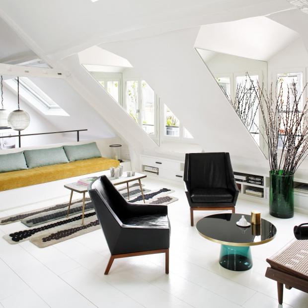Jasne wnętrze: eleganckie mieszkanie w Paryżu
