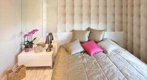 Lustro doskonale sprawdzi się nie tylko w łazience czy w holu.Będzie również świetnym elementem dekoracyjnym w sypialni.