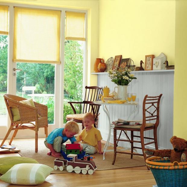 Żółty pokój dziecka. Meble i dekoracje w słonecznym kolorze