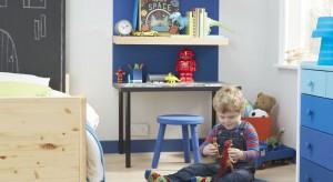 Pokój przedszkolaka to miejsce nie tylko zabawy, ale też nauki rysowania, pisania i liczenia. Jak go urządzić, by zaspokajał potrzeby tej grupy maluchów? Zobaczcie nasze podpowiedzi.
