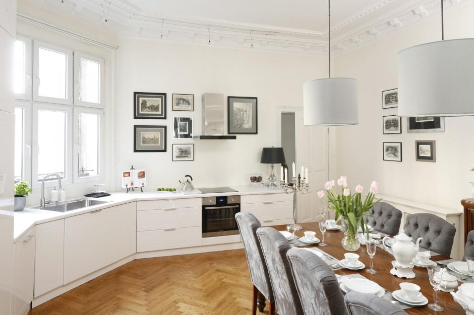 To kuchnia z przewagą Jasna kuchnia Tak możesz ją urządzić -> Jasna Kuchnia Ikea