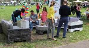 Piękna pogoda sprzyjała tym, którzy 25 kwietnia przyszli do parku przy Muzeum Rzeźby im. Dunikowskiego w Królikarni. Ogród przy Muzeum, tego dnia zmienił się w plac przepełniony designem pod różną postacią.