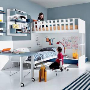 Wygodne łóżko to podstawa zdrowego snu i prawidłowego rozwoju pociech. Warto więc zadbać o to, by każde z dzieci miało zdrowe posłanie, przeznaczone wyłącznie dla niego. Fot. GAB.