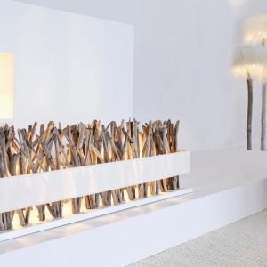 Lampka stołowa z oferty marki Blue Nature, która wykonana została z naturalnego drewna. Fot. Blue Nature