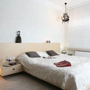 Oświetlenie w sypialni. Piękne lampy z polskich domów