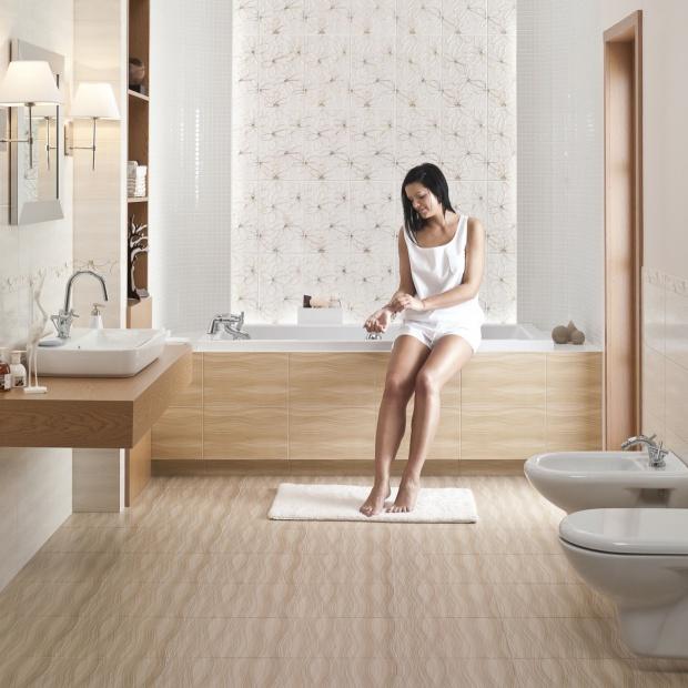 Jasna łazienka ocieplona drewnem. Zobacz piękne aranżacje