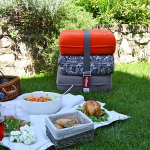 Po skończonej zabawie warto przygotować dzieciom posiłek, urządzając mały piknik. Nie od dziś wiadomo, że na świeżym powietrzu smakuje lepiej. Fot. Design3000.