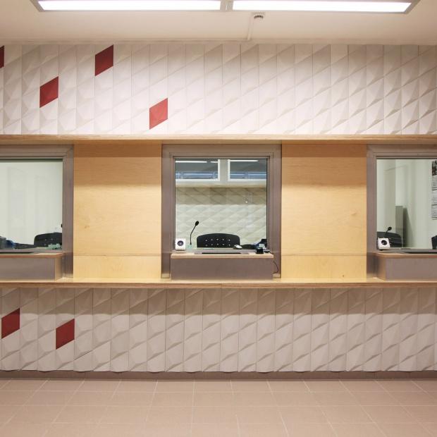 Nowoczesne wnętrze polskiego konsulatu w Pradze