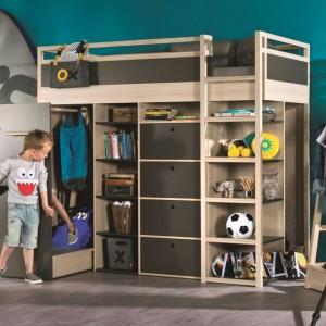Piętrowe łóżko Spot marki Vox to mebel do zadań specjalnych. Powstało z myślą o małych pokojach dzieci, mając na uwadze aktywne spędzanie czasu wolnego, oszczędność miejsca, mobilność i uniwersalność. Fot. Meble Vox.