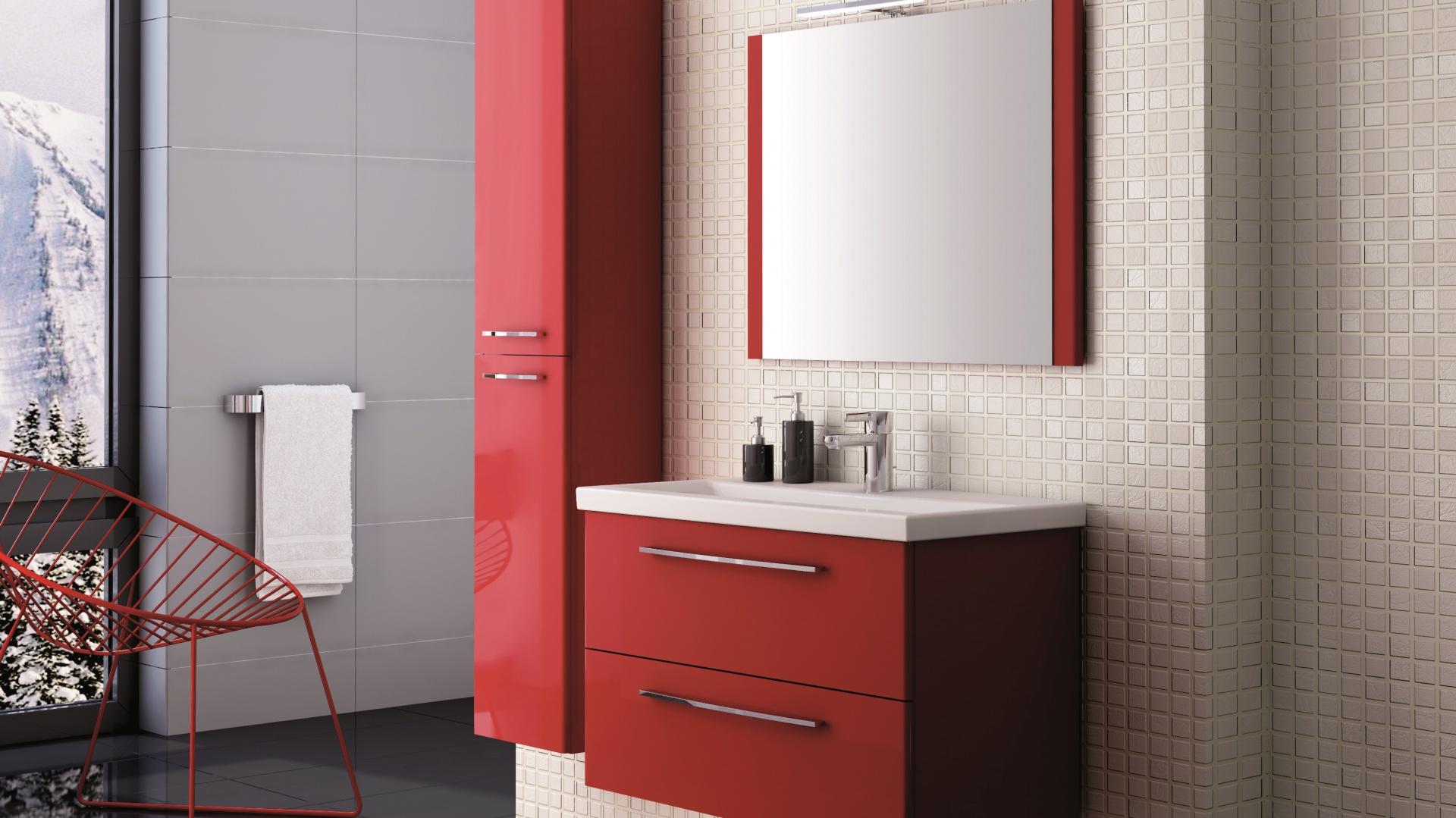 Kolekcja mebli łazienkowych Jump powstała z myślą o modnym wnętrzu. Przeznaczona jest dla osób pewnych siebie i lubiących wyróżniać się z tłumu. Dostępna jest w trzech kolorach: czerwonym, fioletowym i nugatowym. Fot. Elita.