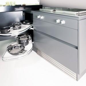 System LE MANS łączy optymalne wykorzystanie miejsca z przejrzystością i komfortem. Fot. Peka.