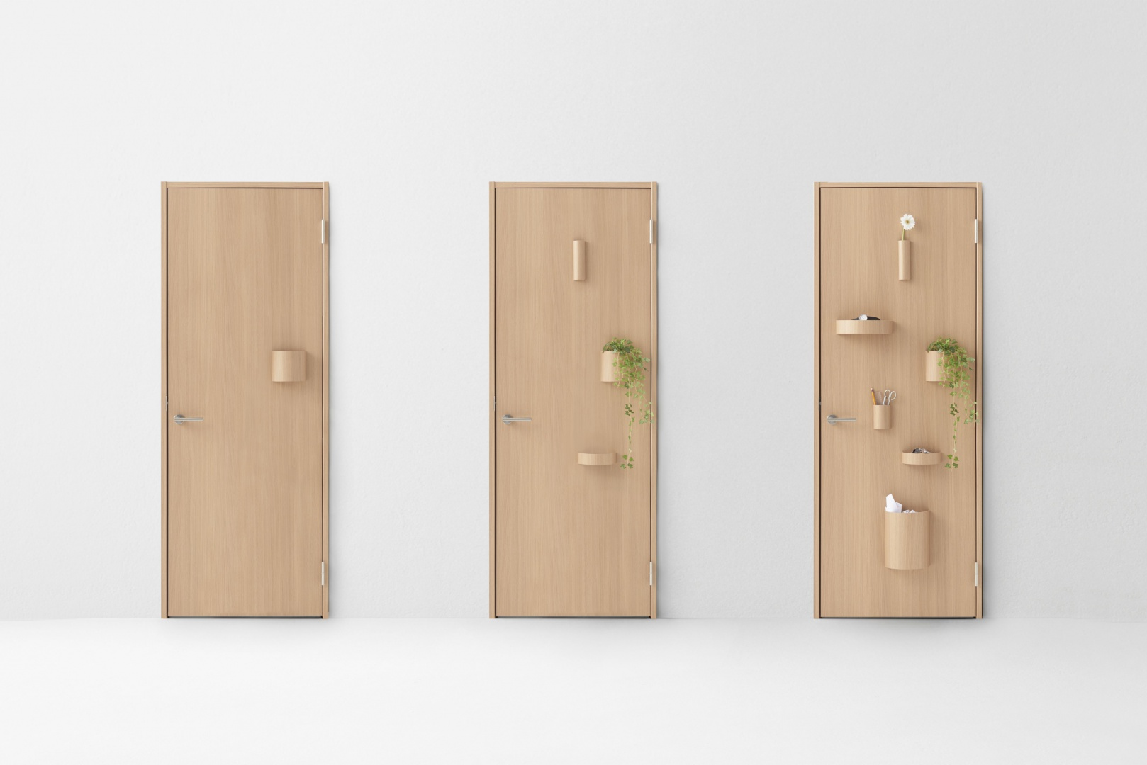Nowa kolekcja drzwi zaprojektowana przez nendo dla Abe Kogyo - japońską firmę produkującą stolarkę drzwiową. Z okazji obchodzonego w 2015 roku 70-lecia działalności firmy. Na zdjęciu model Hang. Fot. Akihiro Yoshida.