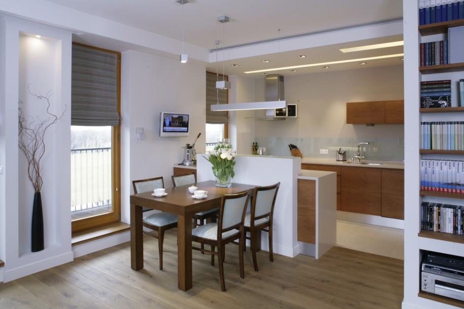 Kuchnię symbolicznie zamyka Kuchnia otwarta na salon Aranżacje, które c   -> Kuchnia Z Oknem Otwarta Na Salon