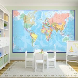 To co ładne, może być również praktyczne. Do dekoracji ściany można wykorzystać fototapetę  - gigantyczną mapę świata marki Mero Wings International. Nada wnętrzu charakter oraz pomoże w nauce geografii. Fot. Mero Wings International.