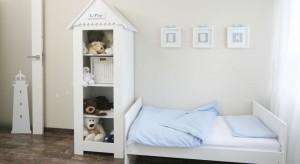Abymałe dziecko lubiło przebywać we własnym pokoju, musi być on ładny i przyjazny. Zobaczcie, jak można zaaranżować taką przestrzeń dla chłopca.