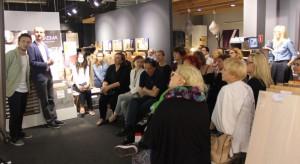 25 czerwca br. w salonie Meble VOX w Jankach odbyło się spotkanie, na którym zaprezentowane zostały cztery najnowsze kolekcje marki. Nie mogło tam zabraknąć naszej redakcji. Zapraszamy do zapoznania się z relacją.