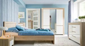 Jasna sypialnia pomaga się odprężyć i zrelaksować przed snem. Przygotowaliśmy więc przegląd mebli w spokojnych barwach sprzyjających wypoczynkowi.