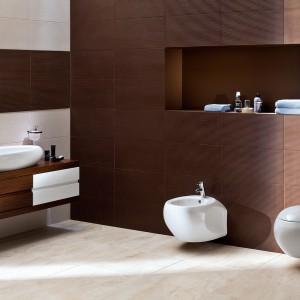 Ceramika łazienkowa Bilbao o zaokrąglonych, opływowych kształtach. Fot. Opoczno.