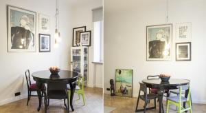 Właściciele tego 60-metrowego mieszkania to projektantka odzieży i grafik designer. Nic zatem dziwnego, że lokum dwóch osobowości o dużej wrażliwości estetycznej to eklektyzm w najlepszym wydaniu - harmonijny i wyważony.