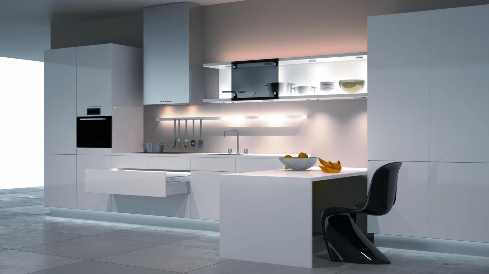 Kuchnia w stylu minimalistycznym. Ważnym czynnikiem przy planowaniu minimalistycznej przestrzeni jest również światło, które wpływa na percepcję przestrzeni, buduje jej klimat czy stanowi ciekawy element dekoracyjny. Fot. Häfele