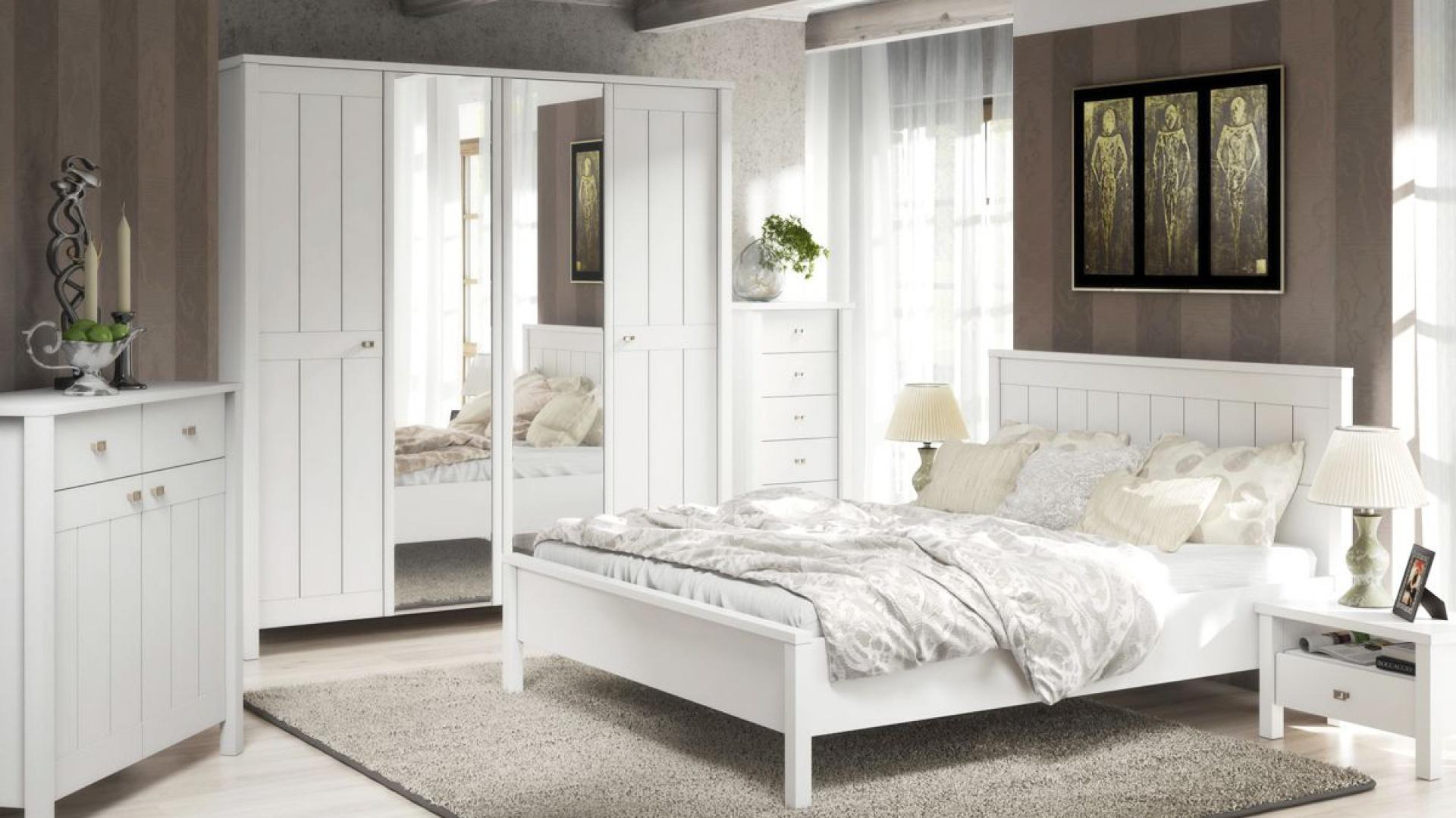 Sypialnia biale meble