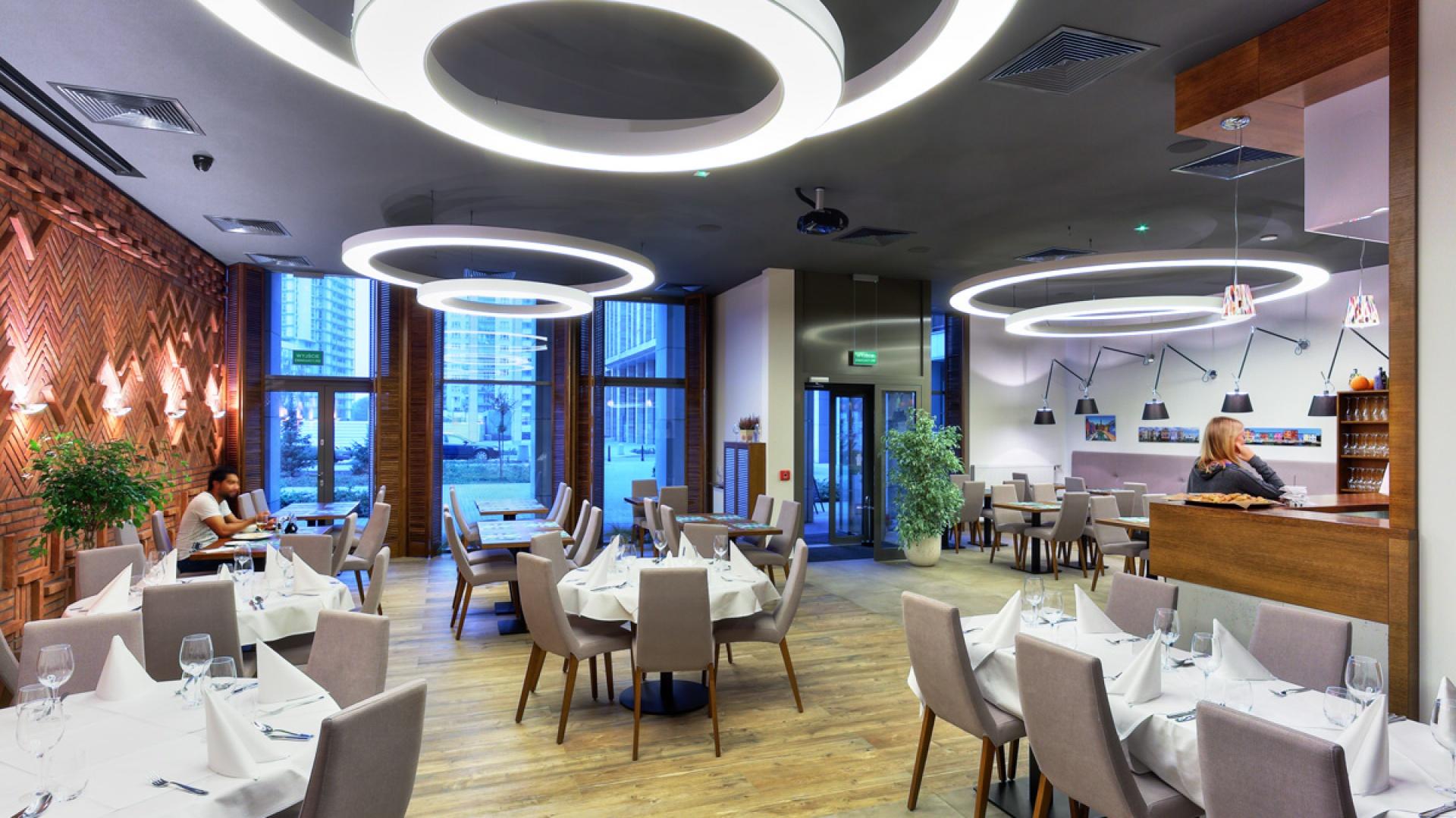 Projektanci bardzo ucieszyli się na zlecenie wykonania włoskiej restauracji ponieważ są fanami Włoch. Fot. Pik Studio