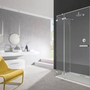 Kabina Euphoria KDJ-S firmy Radaway to propozycja do większych łazienek: montaż przyścienny. Fot. Radaway